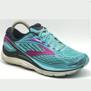 a62a5bf2b903 Brooks Womens Sneakers Transcend 4 Running